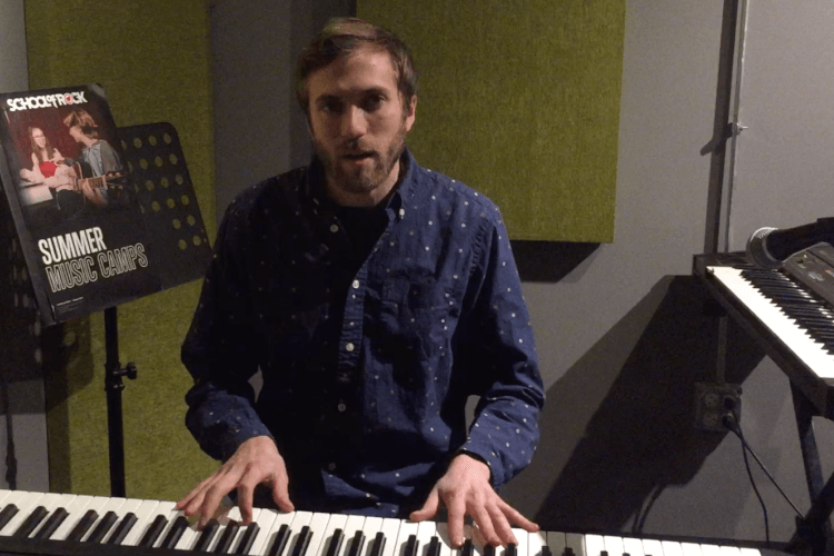Keyboards instructor breaks down inversions and how to visualize them