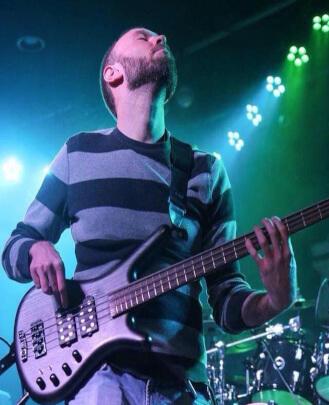 Bass Guitar Teacher